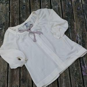 🌾3/$50🌾 H&M cream coloured blouse